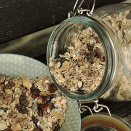 The trick to the quickest overnight oats!